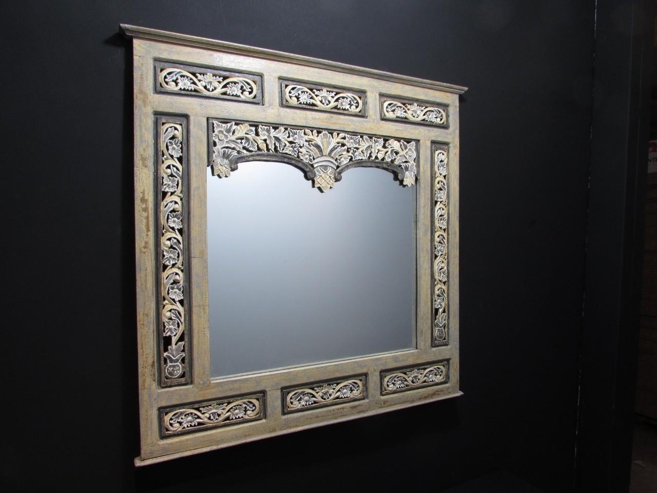 Espelho Quadrado com Moldura de Madeira marrom - Frontier