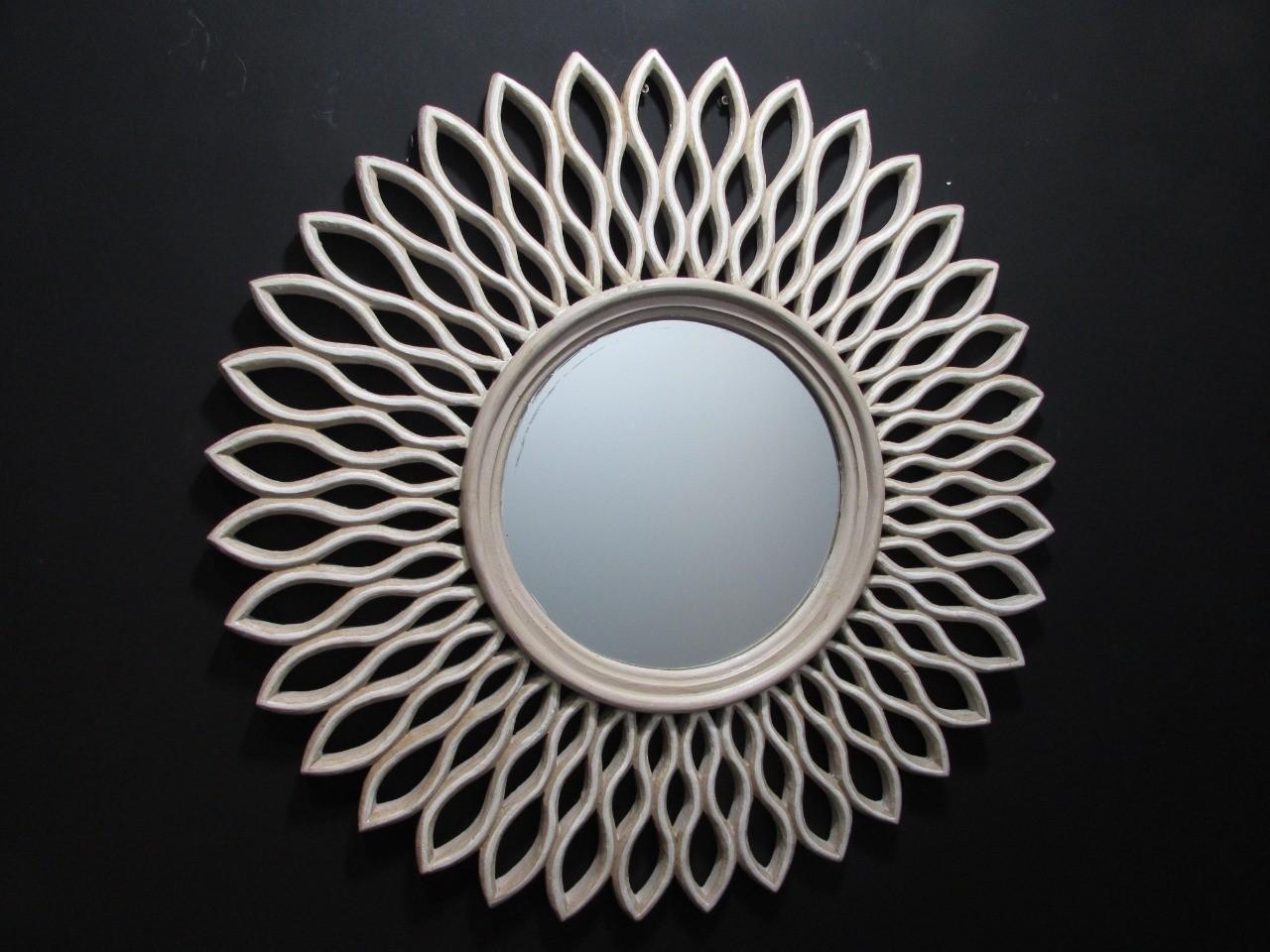 Espelho Redondo com Moldura estilo raio de Sol - Frontier