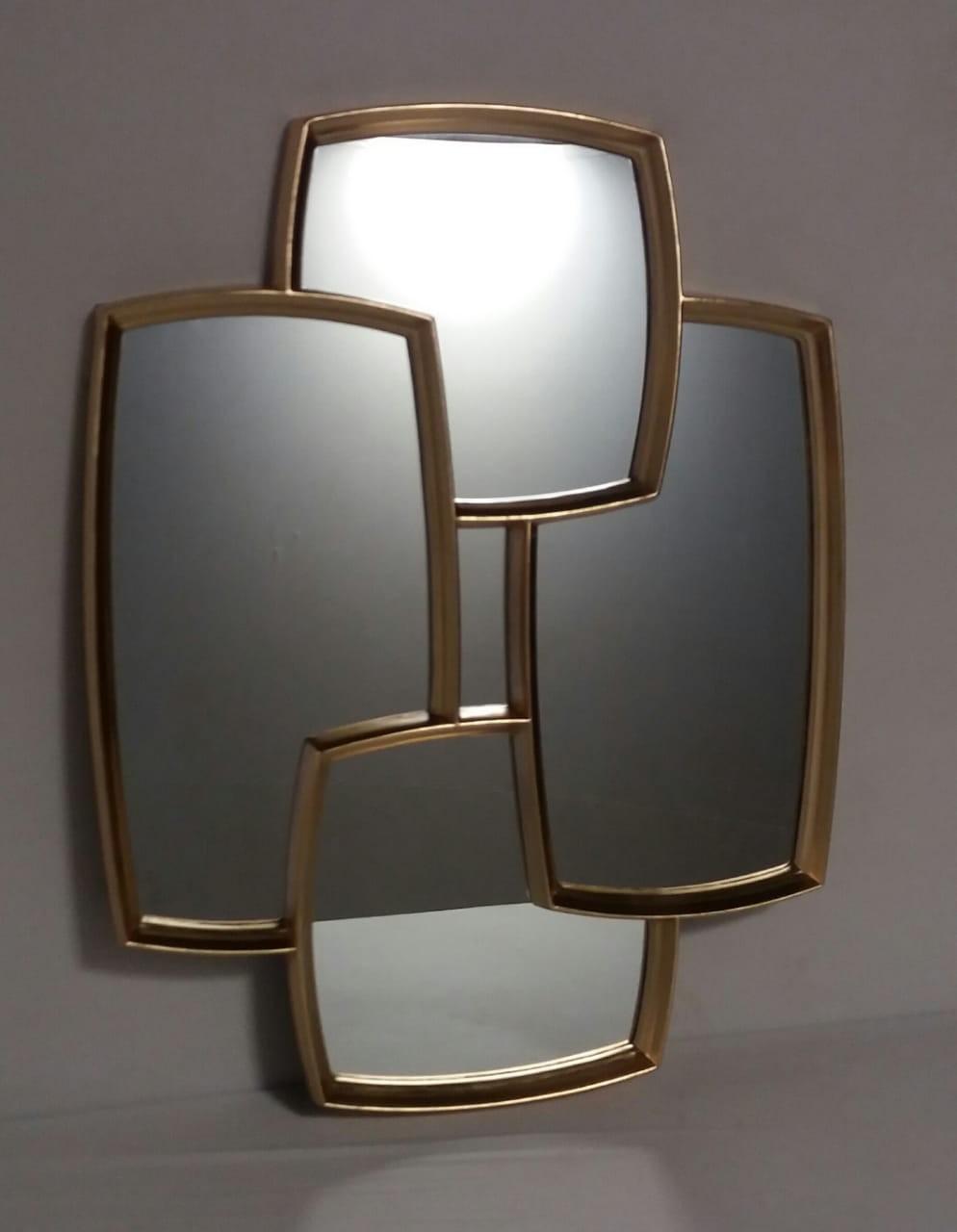Espelho Decorativo Em Retangulos Dourados- Frontier