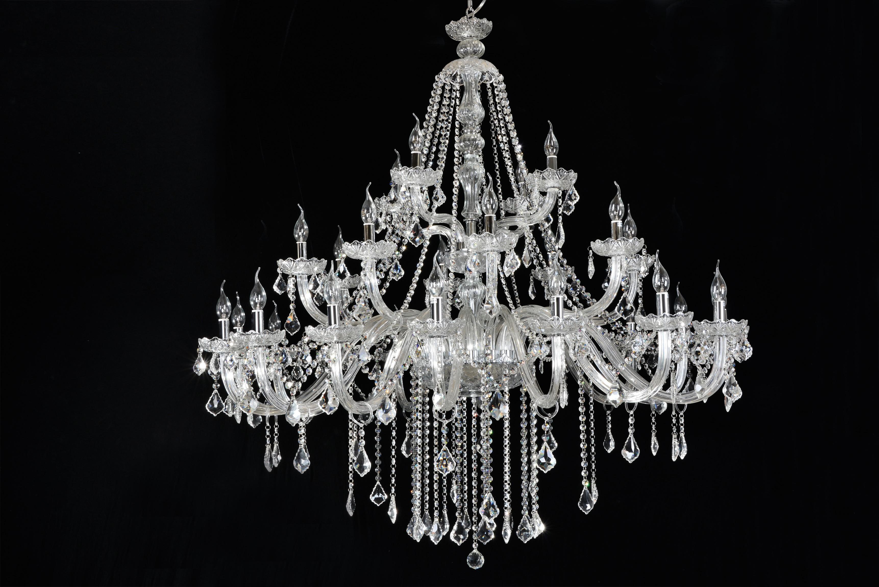 Lustre de Cristal Maria Thereza Transparente 28 Lâmpadas