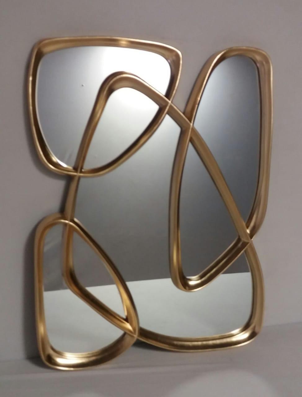 Espelho Abstrato com bordas Dourada - Frontier
